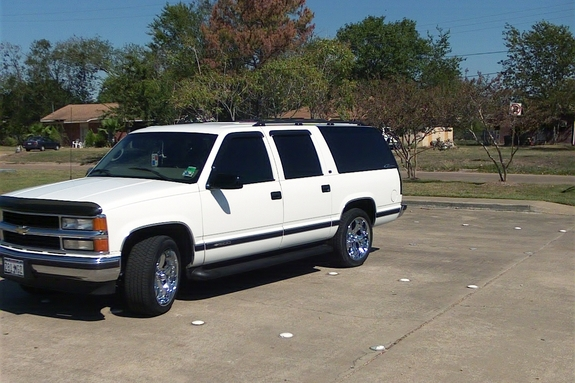 Maliante75 S 1999 Chevrolet Suburban 1500 In Bryan College