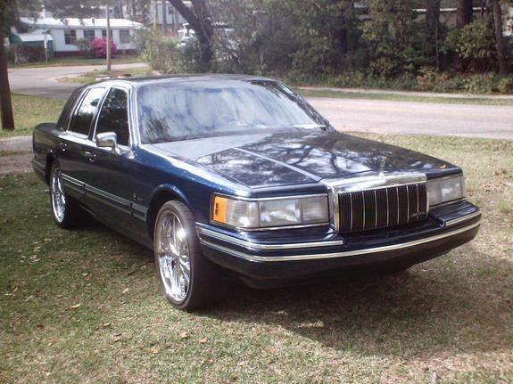 Deserteagles50 1992 Lincoln Town Car Specs Photos Modification