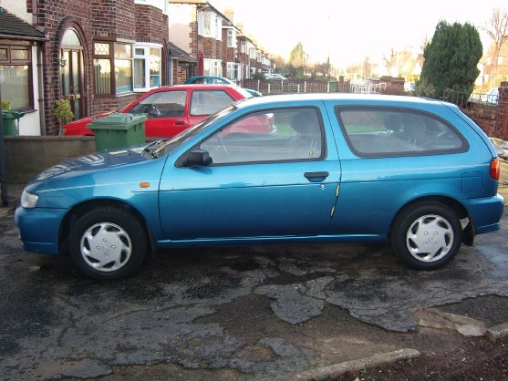 Another 1992egt 1995 Nissan Almera post... - 7944811
