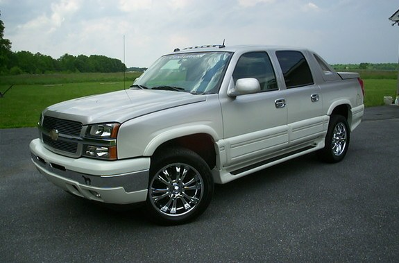 defyrfyter 2005 chevrolet avalanche specs photos. Black Bedroom Furniture Sets. Home Design Ideas