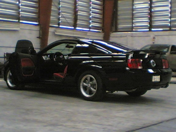 Another evildrag 2006 Ford Mustang post... - 7986940
