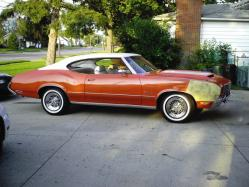 4u2nv-mes 1972 Oldsmobile Cutlass