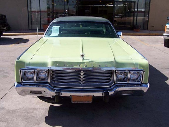 hemichrysler's 1973 Chrysler New Yorker