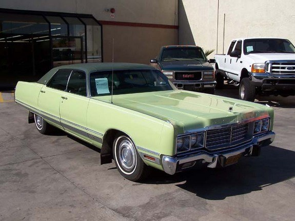 hemichrysler 1973 Chrysler New Yorker 8003636
