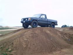 DansGreyMjs 1987 Jeep Comanche Regular Cab