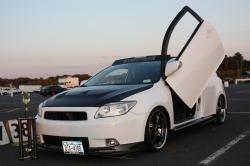 superwhite06s 2006 Scion tC