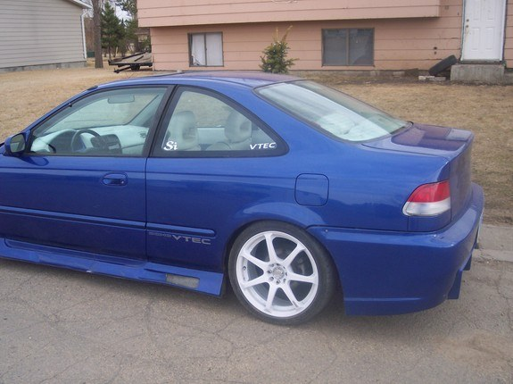 Another Civic_smokin_you 2000 Honda Civic post... - 8047963