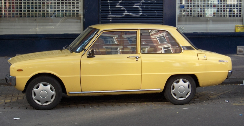Another lotje12 1977 Mazda 1300 post... - 8559209