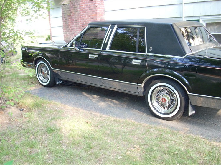 Another ManicLTC 1988 Lincoln Town Car post... - 8093853
