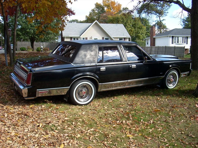 Another ManicLTC 1988 Lincoln Town Car post... - 8093860