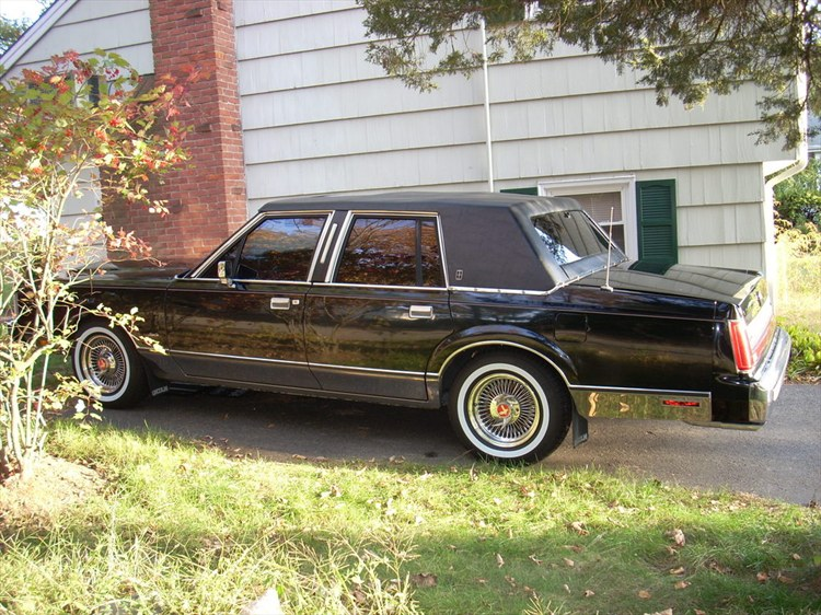 Another ManicLTC 1988 Lincoln Town Car post... - 8093861