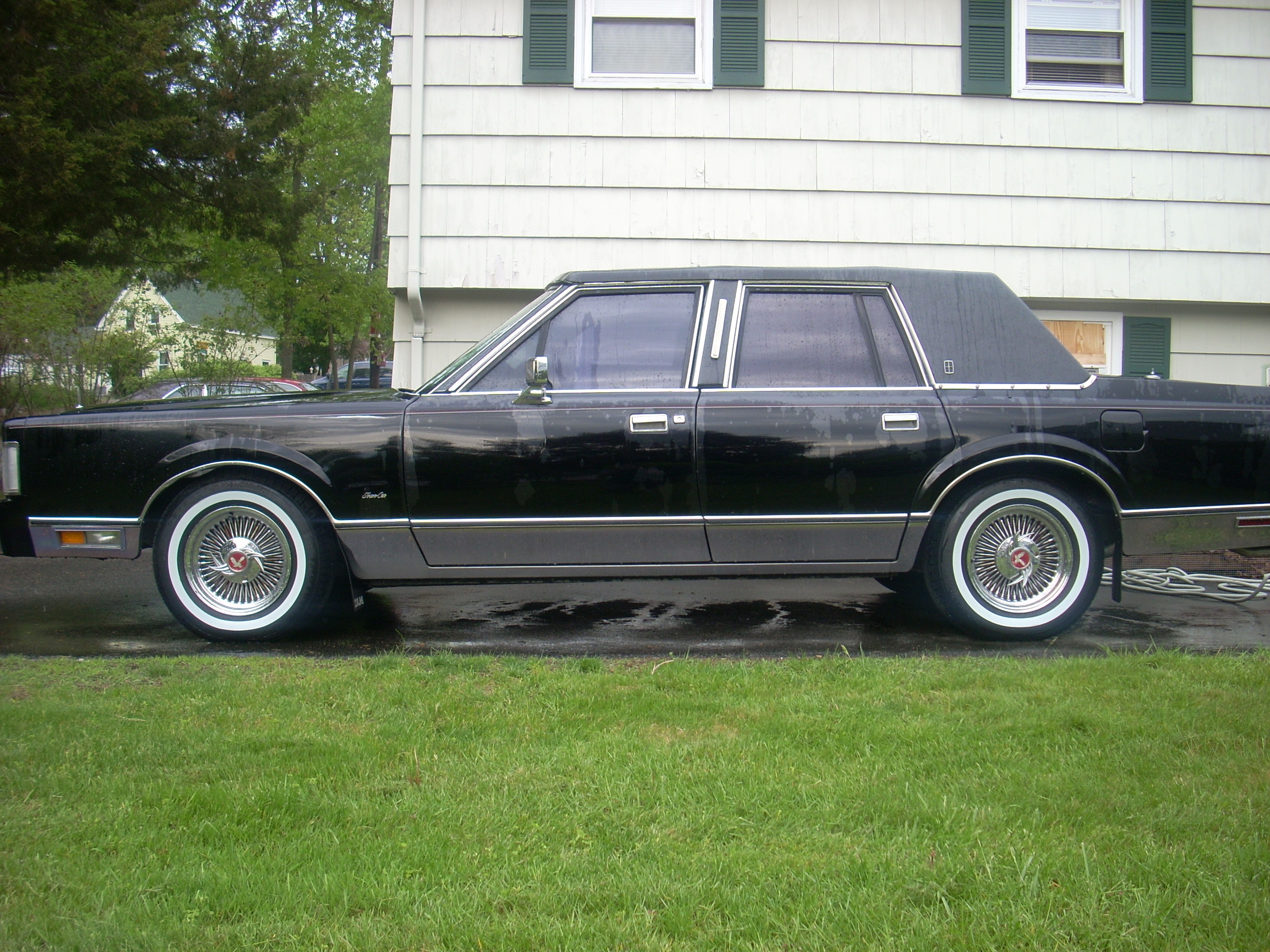Manicltc 1988 Lincoln Town Car Specs Photos Modification Info At