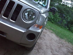 audio-neon 2008 Jeep Patriot