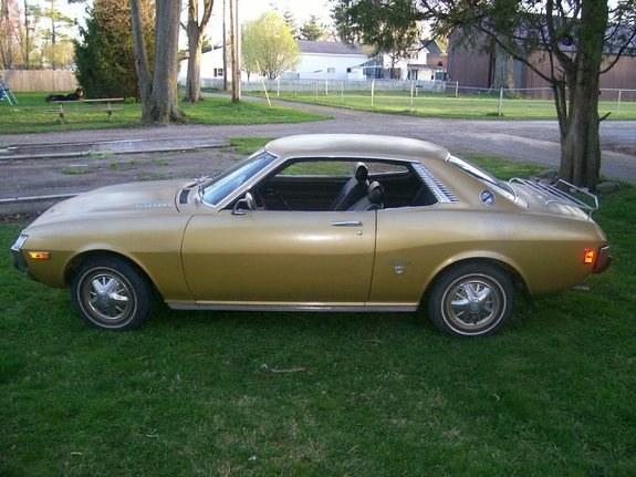 DrivesFast's 1973 Toyota Celica