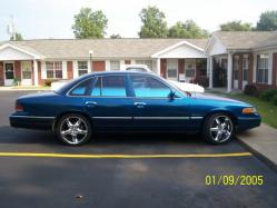 blueice06 1992 Ford Crown Victoria