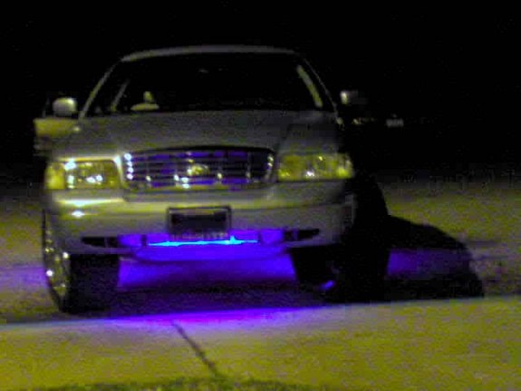 Another Crownvic02 2002 Ford Crown Victoria post... - 8149123