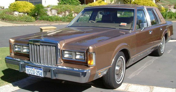 Robclark 1986 Lincoln Town Car Specs  Photos  Modification Info At Cardomain