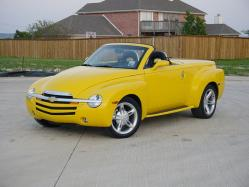 number1187svt 2005 Chevrolet SSR