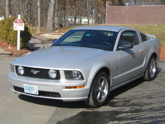 Another showstapah 2006 Ford Mustang post... - 8168000