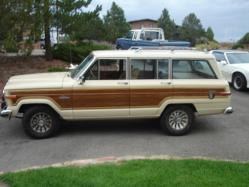 DaWhiteBoy 1985 Jeep Grand Wagoneer