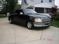 Mylayedoutford 1998 Ford F150 Regular Cab