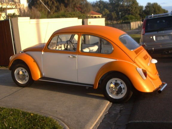Another toranasaurus 1970 Volkswagen Beetle post... - 8184358