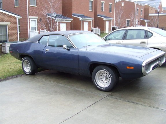 cratethis 1972 Plymouth Satellite