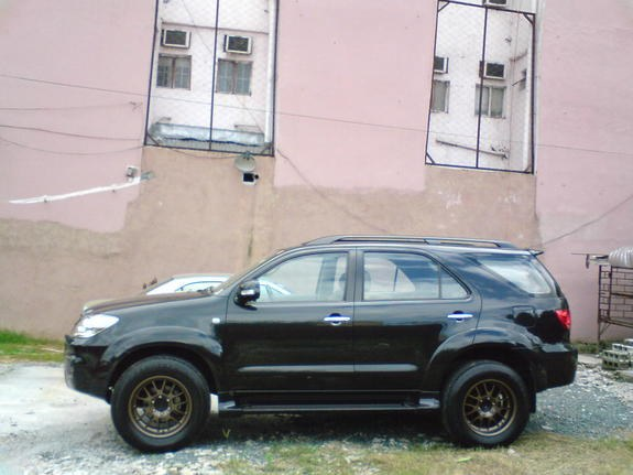 Docpat 2006 Toyota Fortuner Specs, Photos, Modification Info