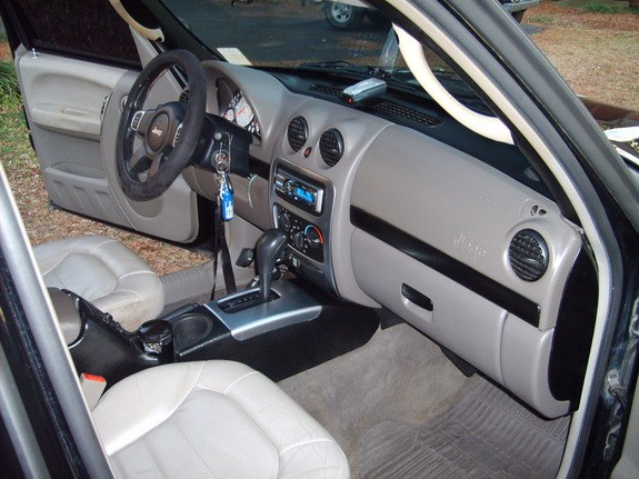 Some Pics Of The Interior... Some Pieces Are Custom Painted Black . Pioneer