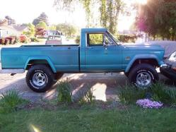 RACERX419 1966 Jeep Gladiator