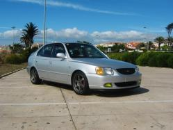 28822882s 2002 Hyundai Accent
