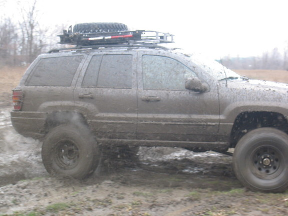 Another skibbo 2004 Jeep Grand Cherokee post... - 8281911