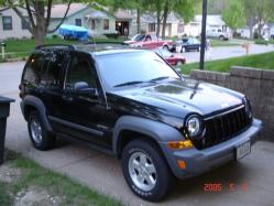 chetos 2005 Jeep Liberty