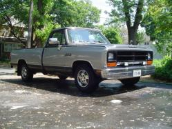 blackd_out_dodges 1989 Dodge D150 Club Cab