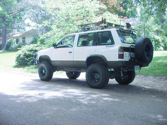 Randy Nissan in addition Sway Bar Bushing X together with Large likewise Large also Mounting. on 1994 pathfinder body lift