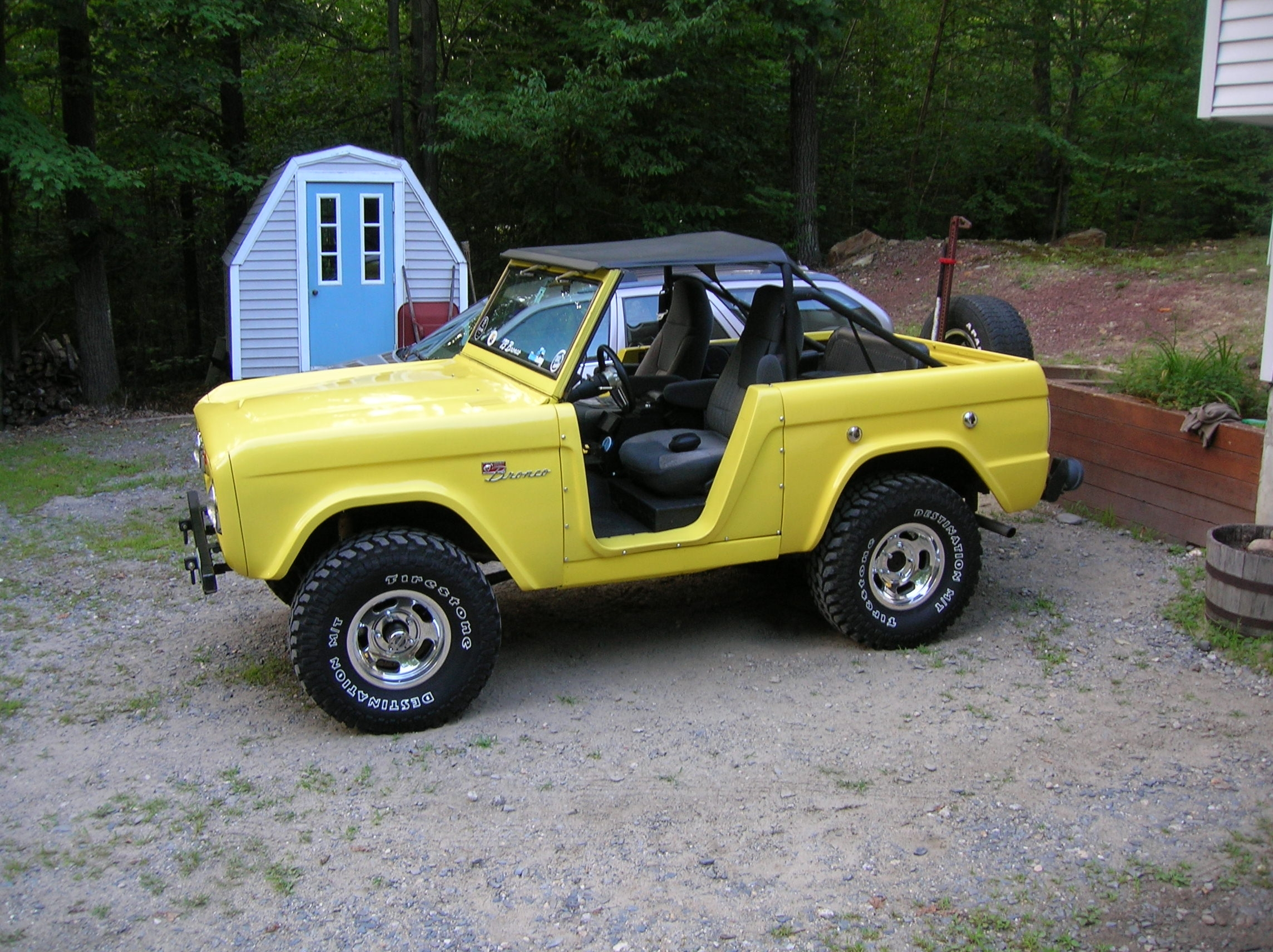 Another tasker 1973 Ford Bronco post... - 8330372