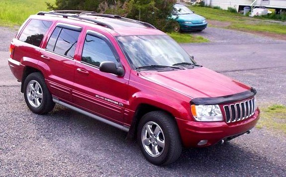 reneveah 2003 Jeep Grand Cherokee 8329895