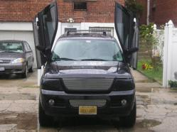 curt1446s 2005 Ford Explorer