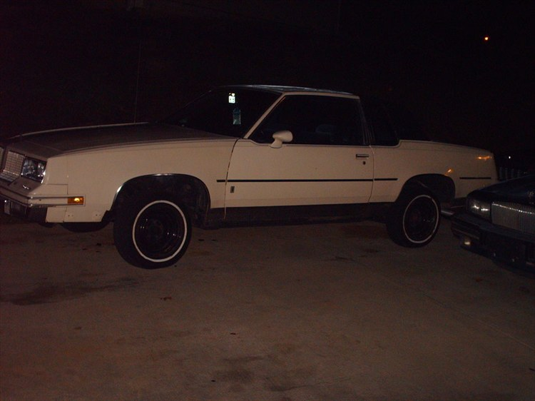 Another evrybdyknwme85 1985 Oldsmobile Cutlass Supreme post... - 8535159