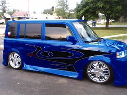 El-Shoe 2005 Scion xB