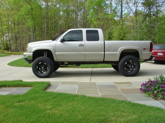 ChevyRidinHigh28 2006 Chevrolet Silverado 1500 Regular Cab Specs, Photos, Modification Info at ...