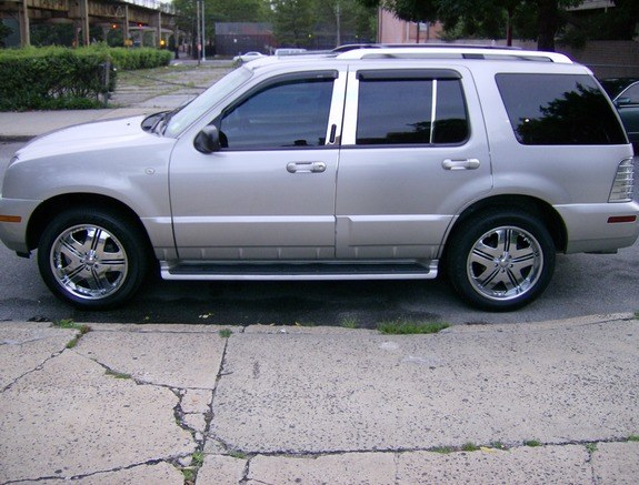 bigpimpinip's 2004 Mercury Mountaineer