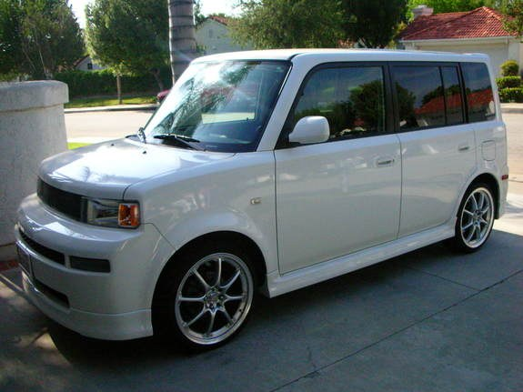 la barbeau05 2005 scion xb specs photos modification. Black Bedroom Furniture Sets. Home Design Ideas