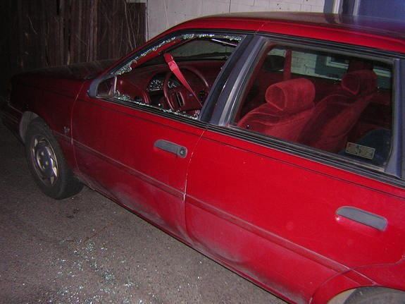 tw1stedm0nky 1992 Ford Tempo