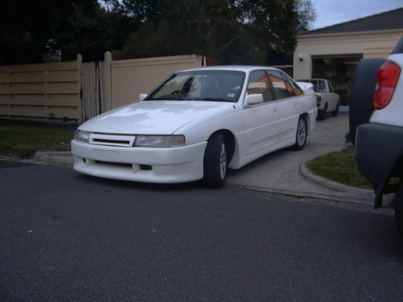 Another toranasaurus 1988 Holden Calais post... - 8378000