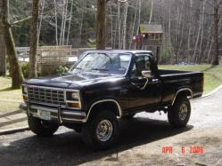 BlackBeauty351s 1986 Ford F150 Regular Cab