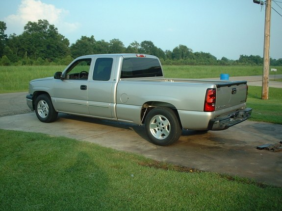 SilverSquared 2005 Chevrolet Silverado 1500 Regular Cab 8380785