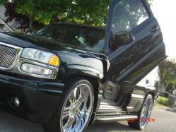 mr_yoyo 2002 GMC Yukon