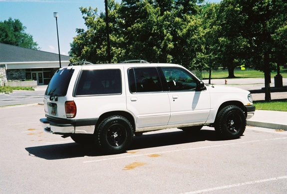 UtahX 2000 Ford Explorer