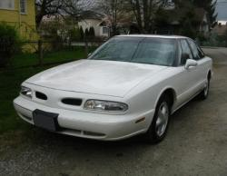 Rollie777 1998 Oldsmobile LSS